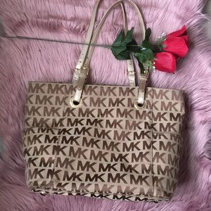 MK Logo Canvas Jet Set Tote Beige/Ebony